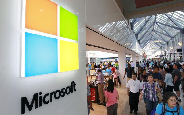 La revolución móvil abre desafíos para gigantes como Microsoft y Google