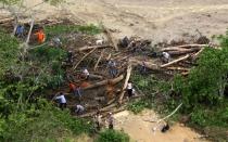 Huaico en San Martín: Ejército tenderá puente aéreo hacia El Porvenir - Noticias de wilson huaman