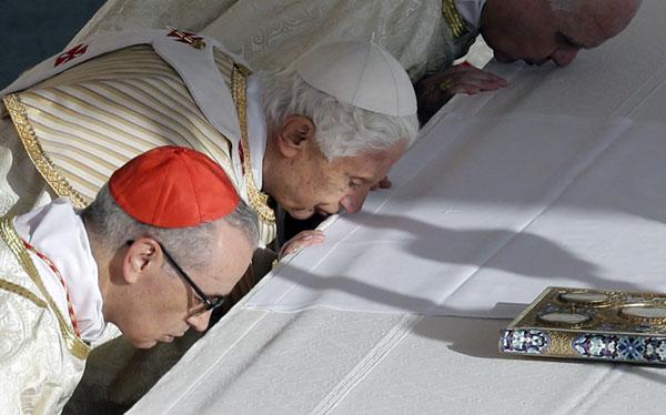 Benedicto XVI canonizó a siete santos, incluyendo primera indígena estadounidense