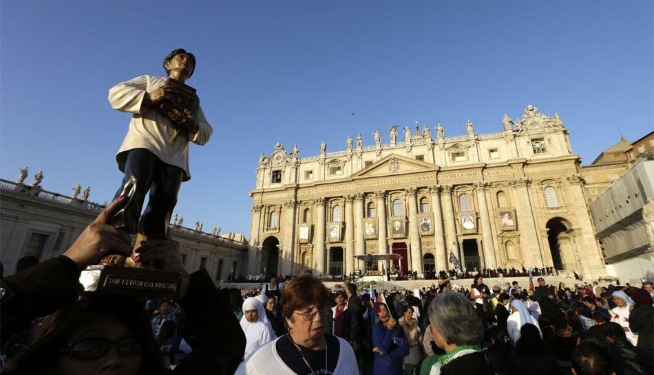 FOTOS: la canonización de siete nuevos santos en el Vaticano