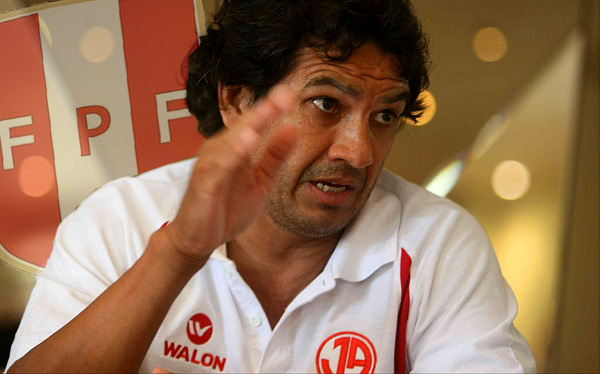 Comisión de Justicia evaluará agresión de Franco Navarro en el Melgar-'U'