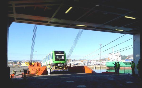 FOTOS: Trenes que operarán en el Metro de Lima zarparon de España