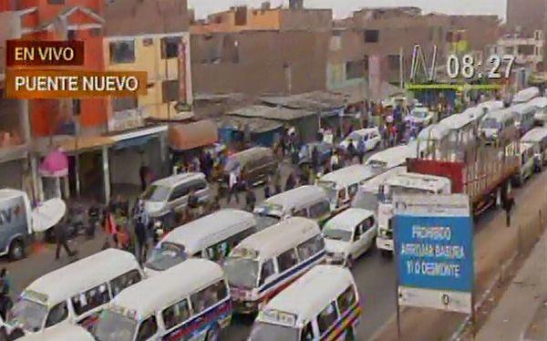 Transporte en distintos puntos de Lima es casi normal pese a paro