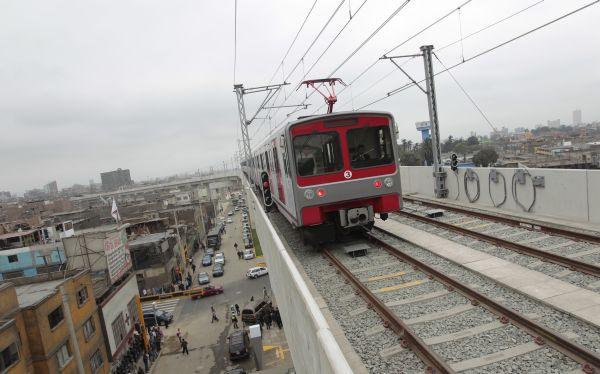 La Parada: Metro de Lima cerró estaciones de Grau y Gamarra por desmanes