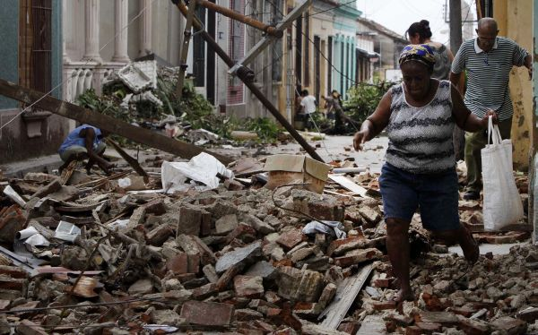 Huracán Sandy dejó hasta el momento 40 muertos en el Caribe