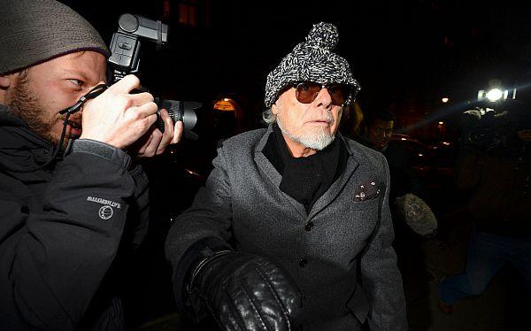 Cantante Gary Glitter fue detenido por el escándalo sexual de la BBC