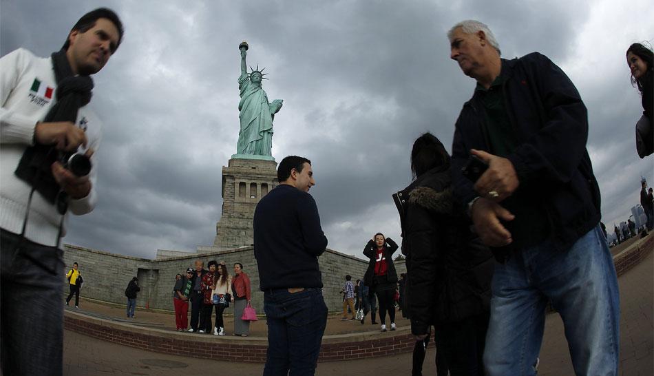 FOTOS: la Estatua de la Libertad cumplió 126 años y reabrieron su corona al público