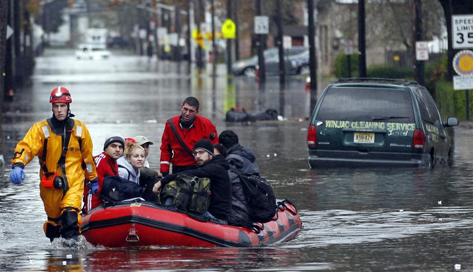 Tormenta Sandy deja hasta el momento 48 muertos y un apagón masivo