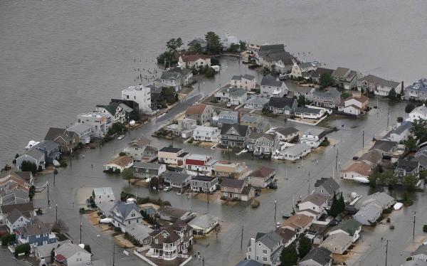 """""""La comunidad peruana está protegida ante el paso de Sandy"""""""