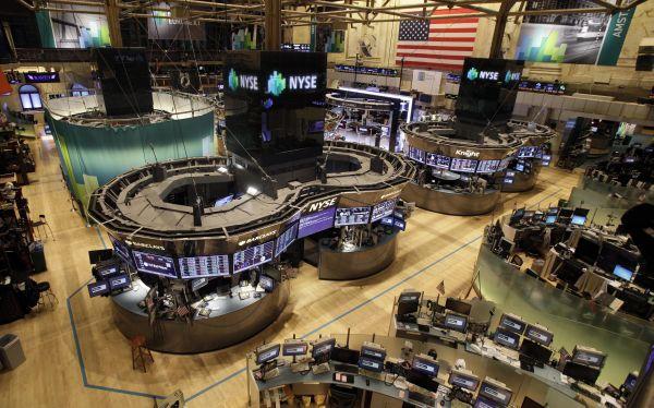 Wall Street sube por optimismo ante posible acuerdo fiscal en EE.UU.