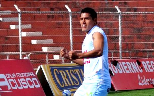 Garcilaso ganó 3-1 a Juan Aurich y está cada vez más cerca del 'play off'