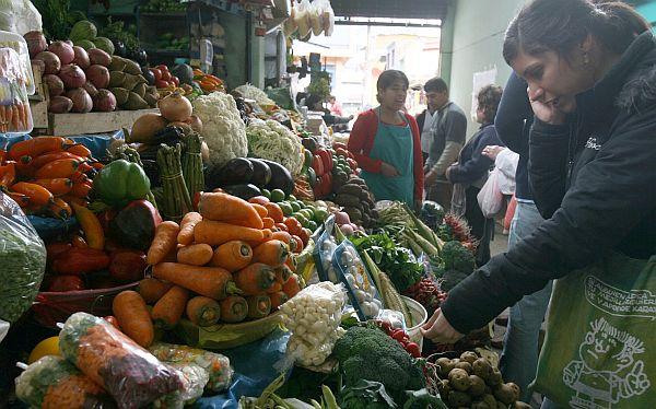 Inflación no estará dentro del rango meta del BCR al cierre del año