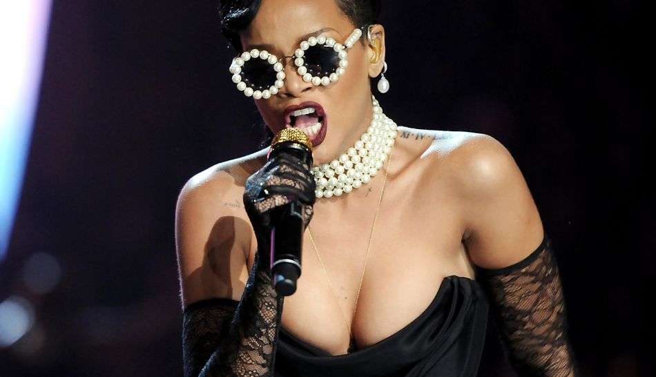 FOTOS: así fue la presentación de Rihanna en el desfile de Victoria's Secret