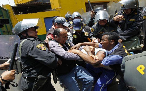 Violencia en La Parada: hay 141 detenidos hasta el momento