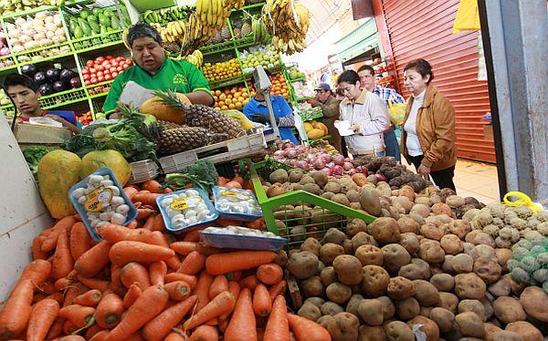 Analistas reducen expectativas de inflación a 3,1% para 2016