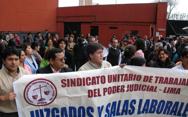 Huelga en el PJ: exigen a San Martín no viajar y resolver paro por sueldos