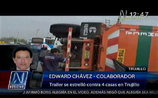 La Libertad: camión con insumos químicos embistió cuatro casas y se volcó