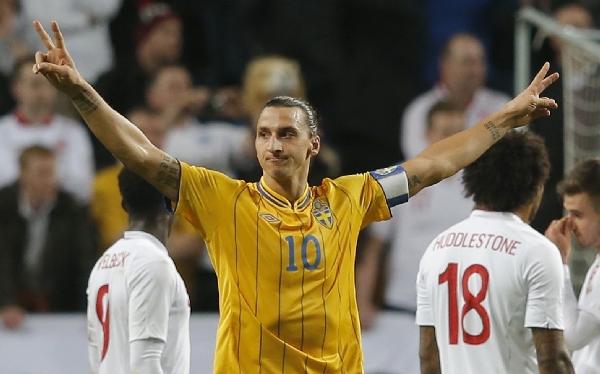Suecia superó 4-2 a Inglaterra con cuatro goles de Zlatan Ibrahimovic
