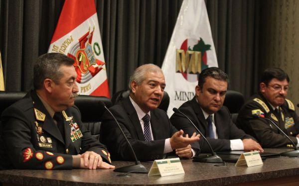 Perú y Ecuador refuerzan acciones conjuntas contra el narcotráfico y Movadef