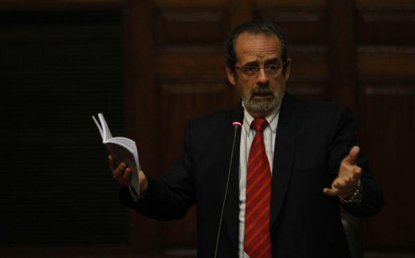 Javier Diez Canseco acusó a parte del oficialismo y fujimorismo de estar detrás de su suspensión