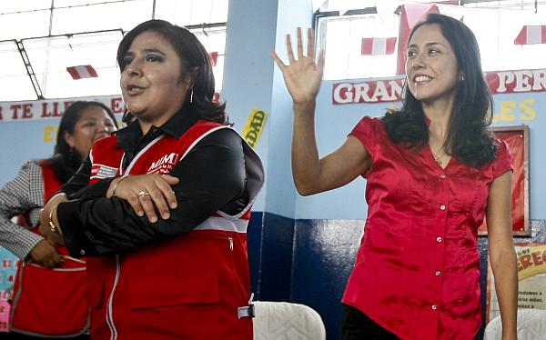 Ministra de la Mujer negó que Nadine Heredia tome decisiones en Gana Perú