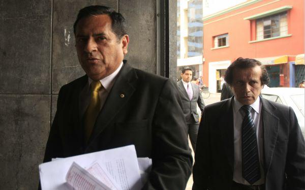 Fiscalía investigará financiamientos de campaña para revocación de Villarán