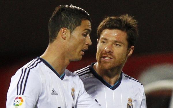 """Xabi Alonso defiende a Cristiano Ronaldo: """"No es un divo con nosotros"""""""