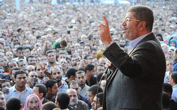 Egipto: jueces rechazan iniciativa de Mursi y anuncian huelga indefinida