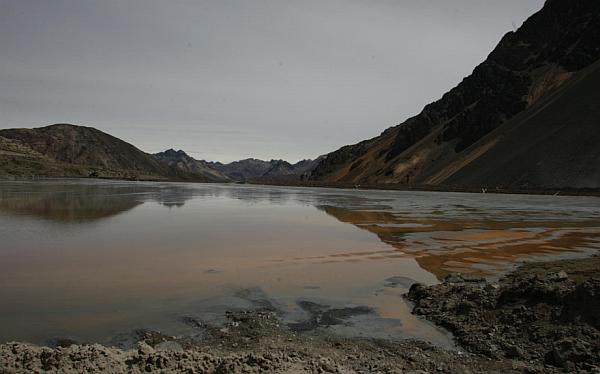 Ayacucho: multan con S/. 219 mil a minera por contaminación de río Mishka