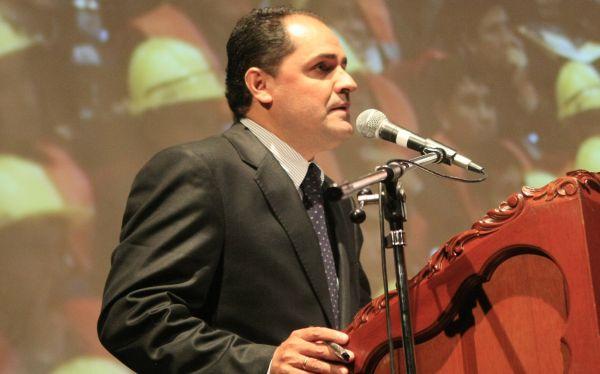 "Ministro de Trabajo calificó como ""malentendido"" incidente en Arequipa"