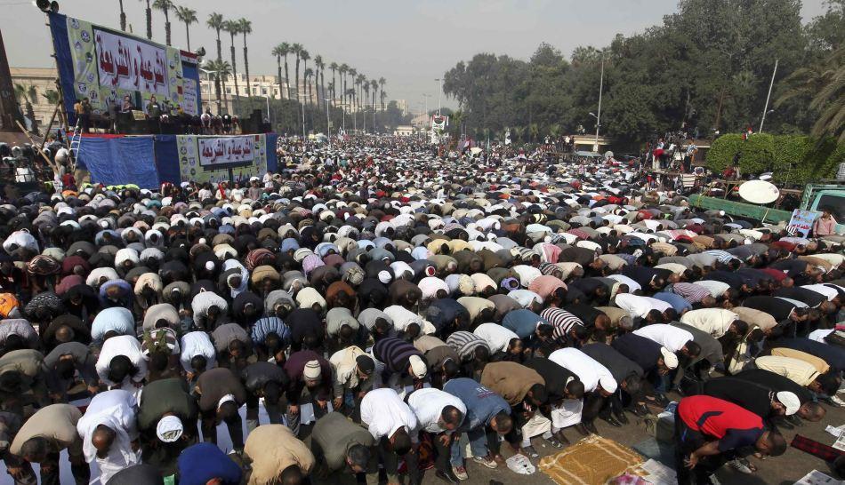 FOTOS: la multitudinaria marcha de islamistas en El Cairo