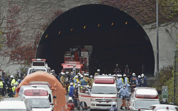 Japón: derrumbe e incendio en túnel causó varios muertos