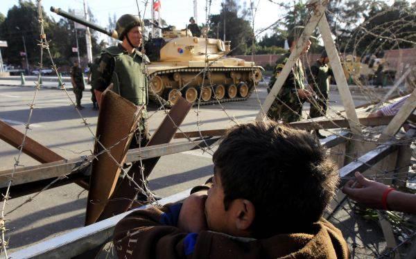 Egipto: número de muertos aumenta y el ejército decide intervenir