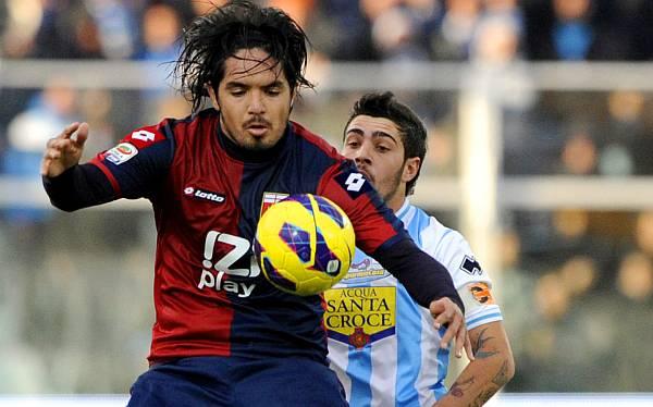 Juan Manuel Vargas jugó 90 minutos en derrota 2-0 de Génova ante Pescara
