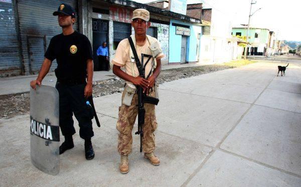 Poder Ejecutivo oficializó aumento de sueldos a policías y militares