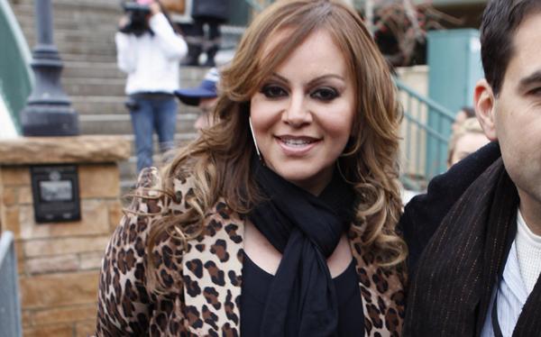 México llora la muerte de Jenni Rivera: no hay sobrevivientes en avioneta