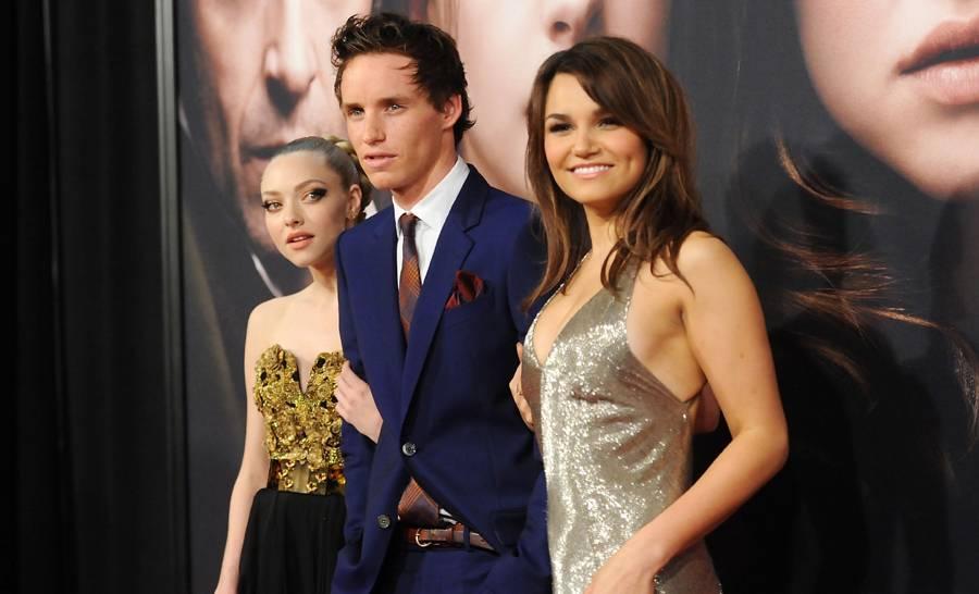"""FOTOS: celebridades derrochan belleza y glamour en la premiere de """"Los Miserables"""""""