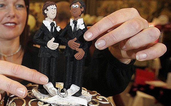 Congreso de Francia aprobó las bodas entre personas del mismo sexo