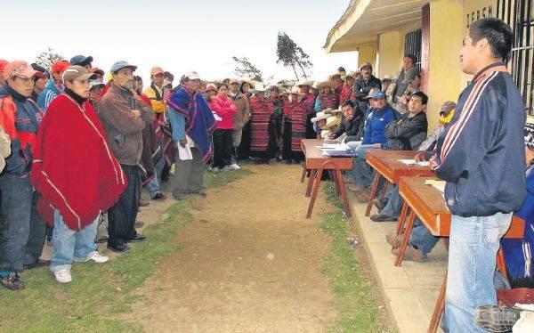 Conflicto entre mineros de Pataz y Poderosa se verá en el Congreso
