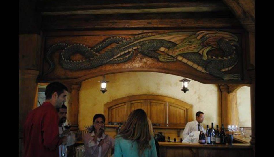FOTOS: el bar de los hobbits ahora está abierto al público