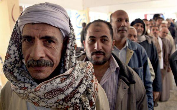 Egipto: millones acuden a votar en el referéndum constitucional