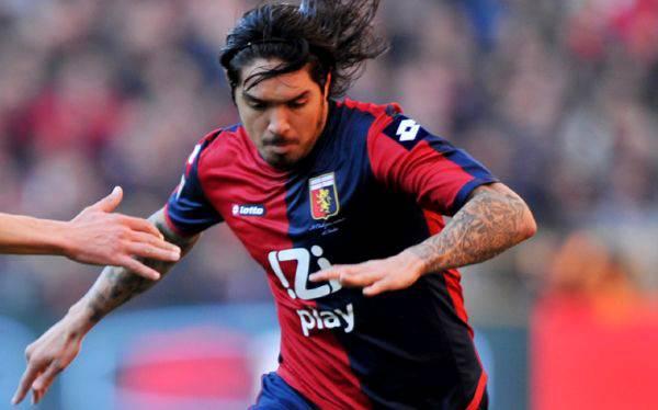 Juan Manuel Vargas jugó en empate 1-1 de Génova ante Torino