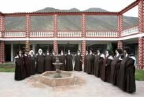 VIDEO: Monjas carmelitas descalzas inaugurarán un monasterio de clausura en Manchay - Noticias de jesus obrero