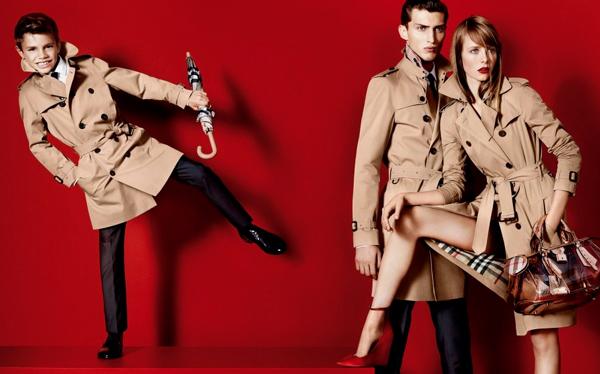 Mario Testino fotografió a hijo de David y Victoria Beckham en su debut como modelo