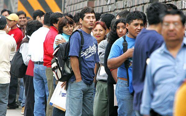 ¿Cuáles son los sectores con mayor empleo informal en el país?