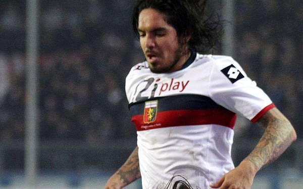 Juan Manuel Vargas jugó en empate 1-1 de Génova ante el Inter de Milán