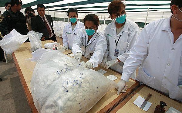 La Libertad: Policía incautó 67 kilos de cocaína camuflados en un camión