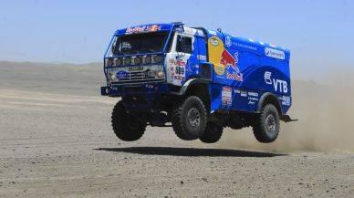 El día en que un peruano fue salvado por un camión en el Dakar 2012