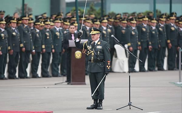Gobierno oficializó ascensos de generales de la Policía Nacional