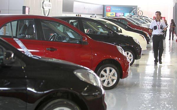 Importaciones peruanas de vehículos caen 11% en primer semestre